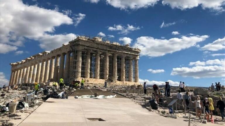 Ξεκινά αύριο η φωτογράφιση του οίκου Dior στην Ακρόπολη
